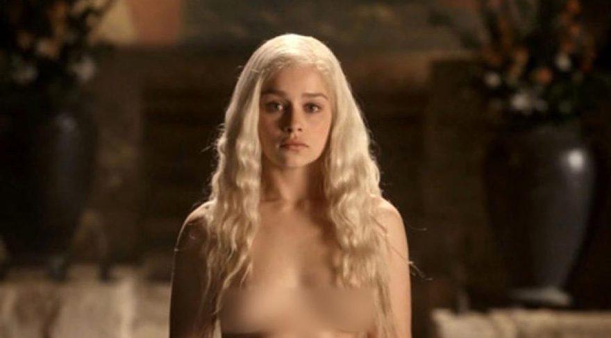 Game of Thrones'un yıldızı Emilia Clarke çıplak sahnelere işte böyle hazırlanıyor
