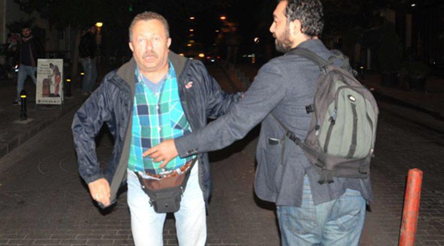 Erkan Can gazetecilere silah çekmek istedi