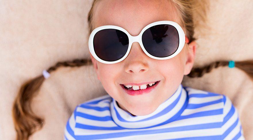 Güneş gözlüğü nasıl olmalı?