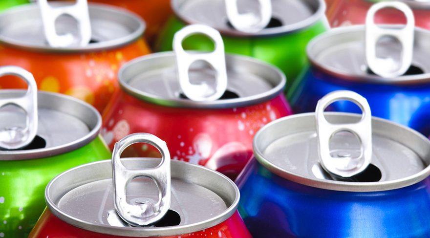 Gazlı içecekler ve hazır meyve sularından uzak durulmalıdır.