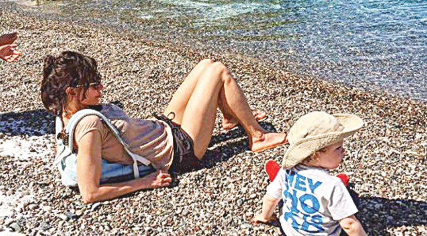 Oğluşuyla tatilde