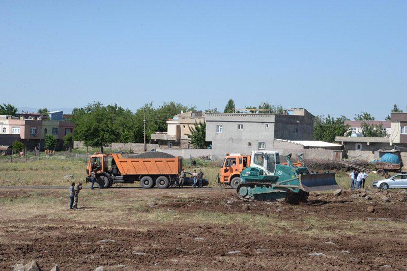 FOTO:DHA - Bölgede hazırlıklar tüm hızıyla sürüyor.
