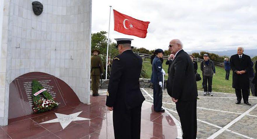İsmail Kahraman'ı Atatürk anıtına götürdüler