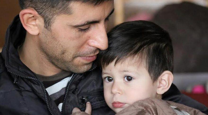 FOTO:SÖZCÜ - Mekan Şahin'den geriye oğluyla çektirdiği bu fotoğrafları kaldı.