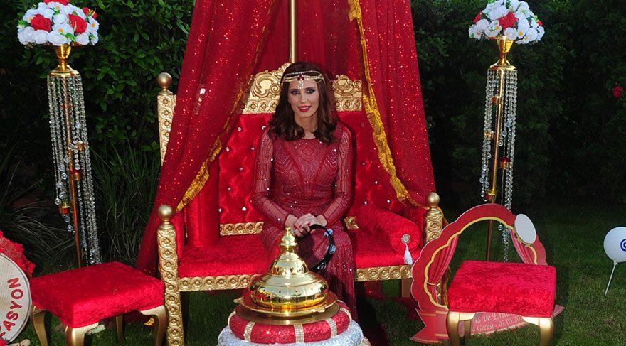 Kenan-Ferda İpekçi'nin kızı Melis İpekçi'nin kına gecesi