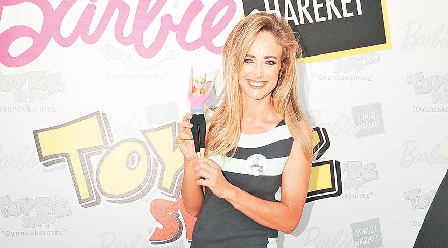 36 yaşında Barbie tanıttı