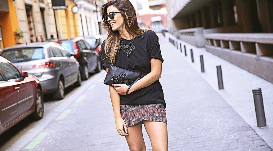 Sokaklarda mini modası