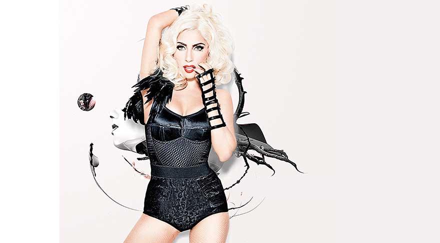 Lady Gaga hayranlarını kızdırdı