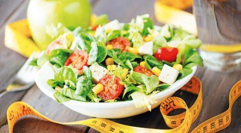 Obezite tedavisi görenlerin orucu diyet sanması büyük hata!