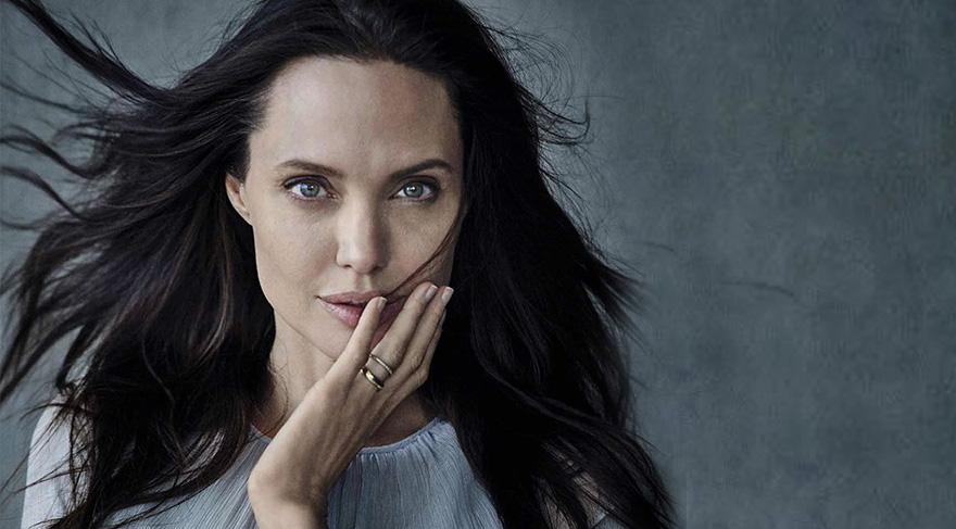 Angelina Jolie 41 yaşında