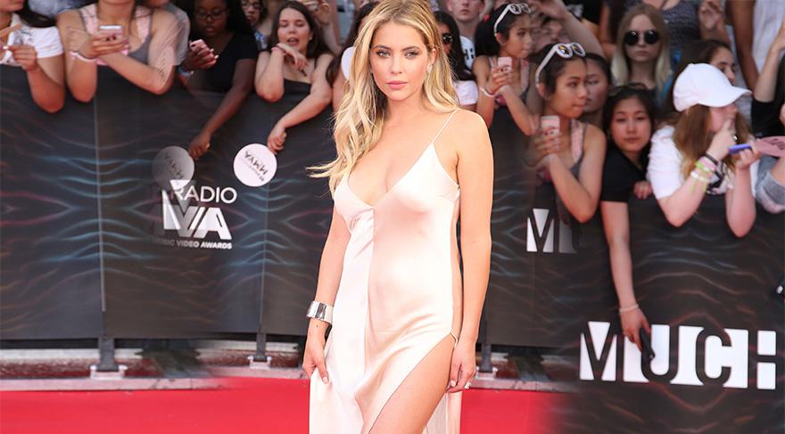 Ashley Benson iHeartRadio Much Video Müzik Ödülleri kırmızı halı görünümü