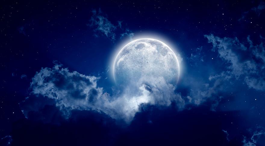 Temmuz ayında Ay'ın boşlukta olacağı zamanlar önemli!