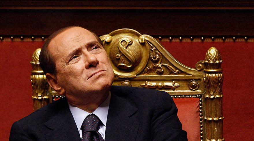 """Berlusconi'den, """"erkekler kur yapmakta serbest olmalı"""" açıklamasına destek"""