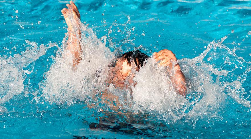 Boğulma, su veya başka sıvı içinde kalmaya bağlı solunum bozulması ve buna bağlı hayat kaybına kadar gidebilen bir süreçtir.