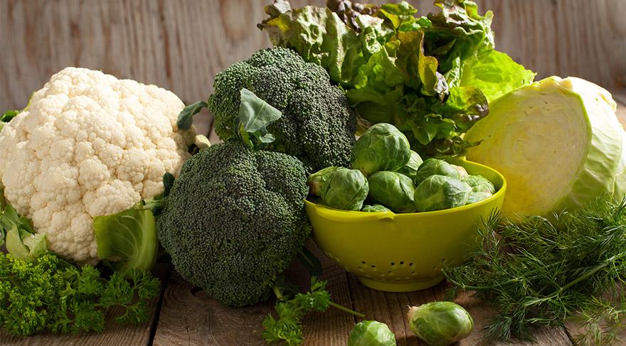 Brokoli, lahana ve marul kanserle savaşıyor