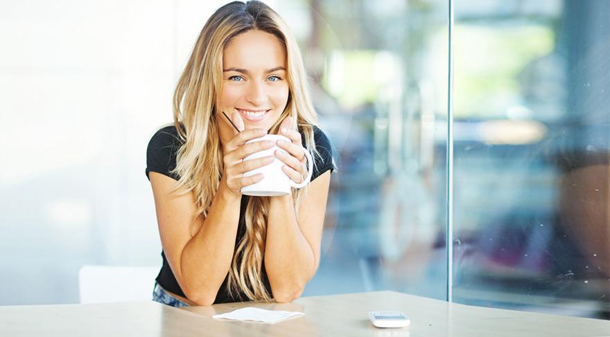 Eğer oruç tutuyor ve son zamanlarda daha çok stresli bir hal alıyorsanız; Ballı, sütlü zencefil çayı tam size göre.