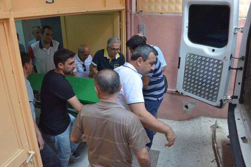 FOTO:DHA - Cenazeler adli tıp morgunda alındı.