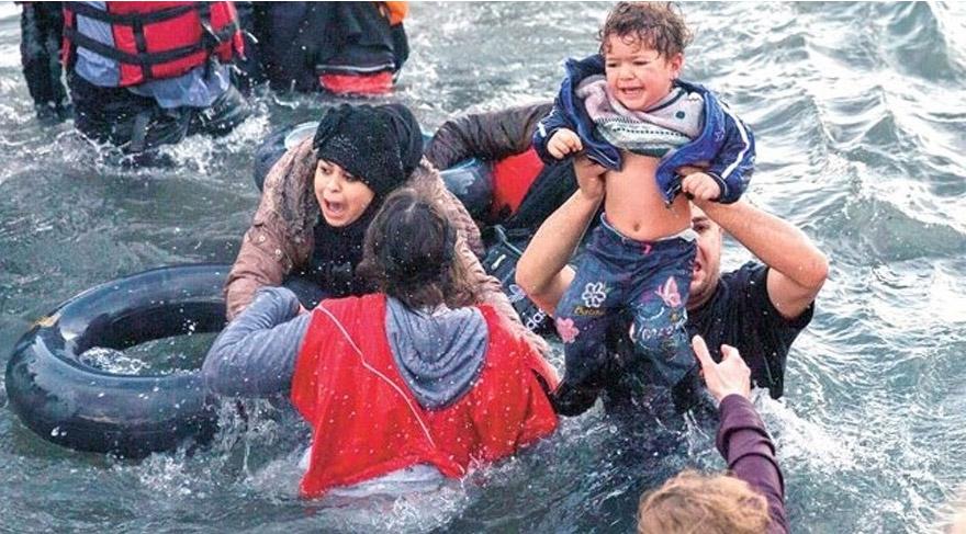 CHP'li vekiller Suriyeli mültecilerin dramını kitaplaştırdı