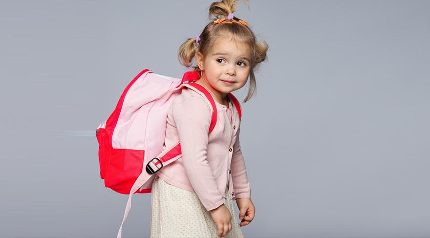 Ağır okul çantaları sorun yaratıyor mu?