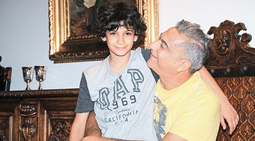 Oğlu Ali Sadi Erbil ile...