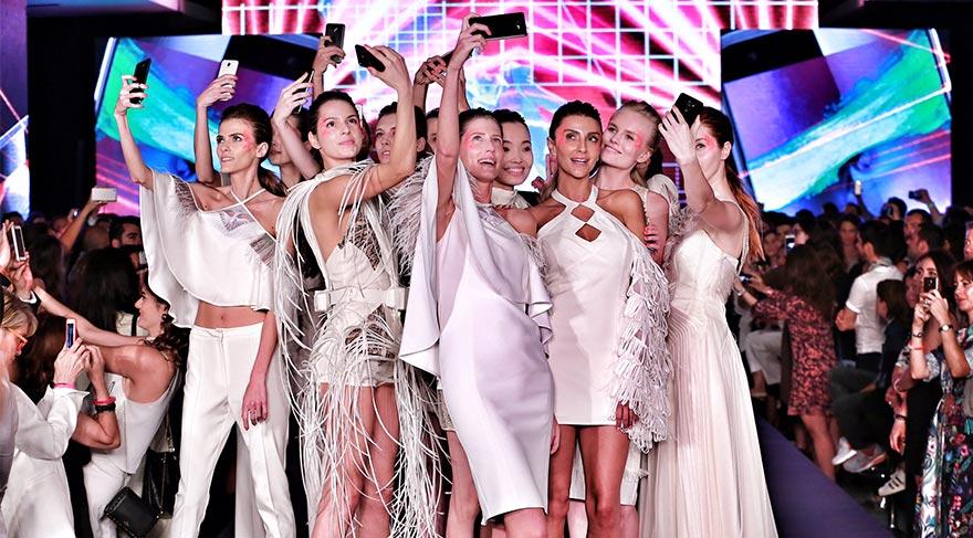 Türkiye'nin ilk 'Dijital Couture' defilesi