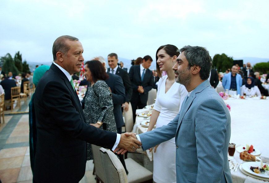 FOTO:DHA - Kurtlar Vadisi Pusu dizisinin başrol oyuncusu Necati Şaşmaz da Huber Köşkü'ndeki davete katıldı.