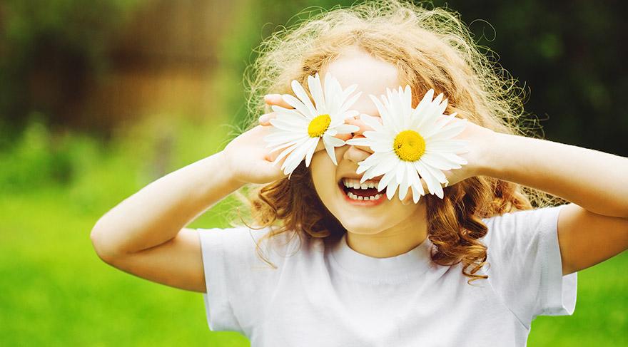 Yaz aylarında çocukların göz sağlığı için 5 önlem
