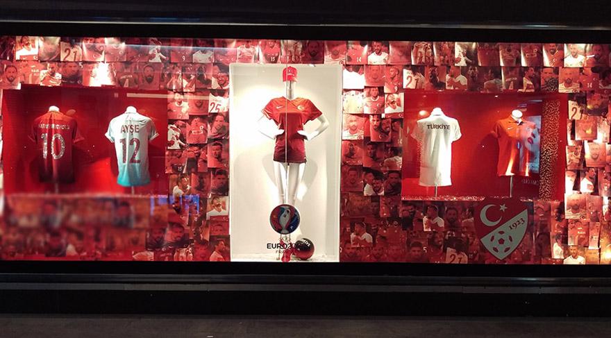 Moda sever fanatiklere özel Milli Takım EURO 2016 Koleksiyonu
