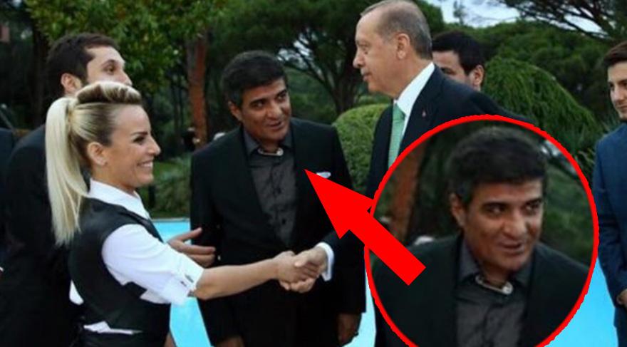 İbrahim Erkal Cumhurbaşkanı'nın iftar davetine yakasında çengelli iğne ile katıldı
