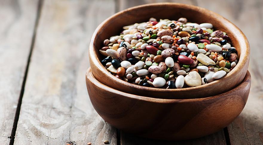Kuru fasulye, nohut, mercimek ve bulgur gibi düşük glisemik indeksli yiyeceklerin daha fazla tüketilmesi gerekiyor