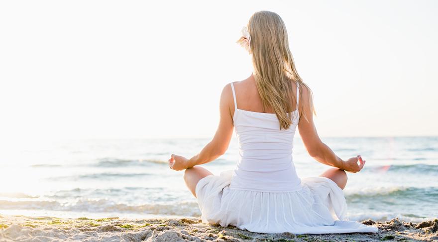 Meditasyon yapan bir grup insanın beyin yaşının, aynı yaşta meditasyon yapmayan insanlara kıyasla 7.5 yıl daha genç olduğunu kanıtladı.