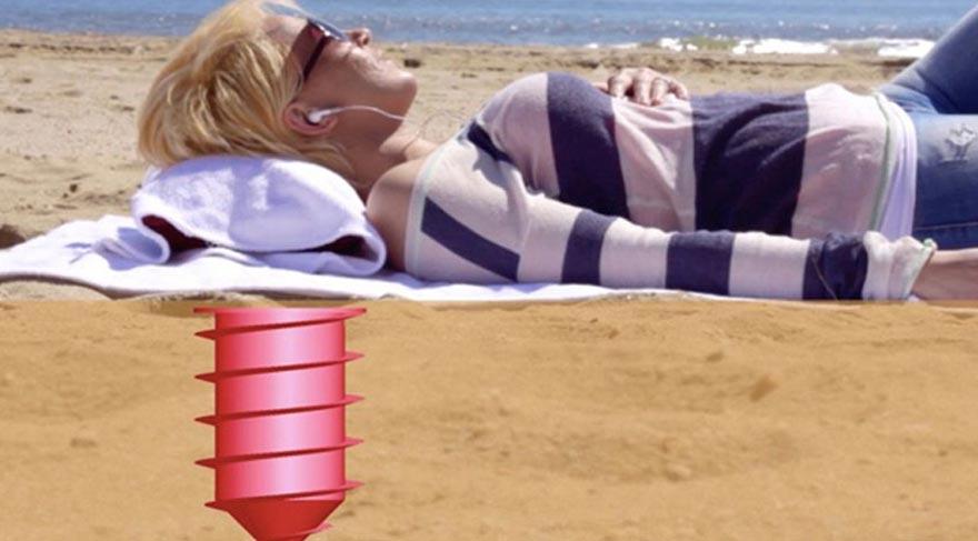 Plajda eşyalarınızı güvene alacak süper buluş!