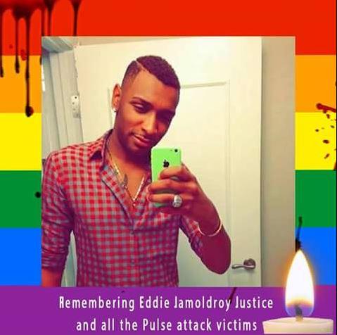 Anne Mina Justice oğlunun trajik ölümü sonrasında Facebook'ta profil fotoğrafını değiştirdi.