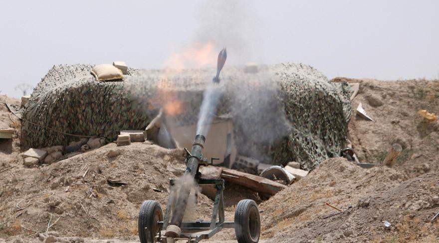 Suriye ordusu IŞİD'in kalesi Rakka kentinin sınırlarına girdi