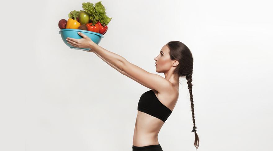Günde en az 5 porsiyon çeşitli renkte meyve ve sebze tüketin.