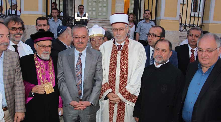 Sinagog, 3 dini iftarda buluşturdu