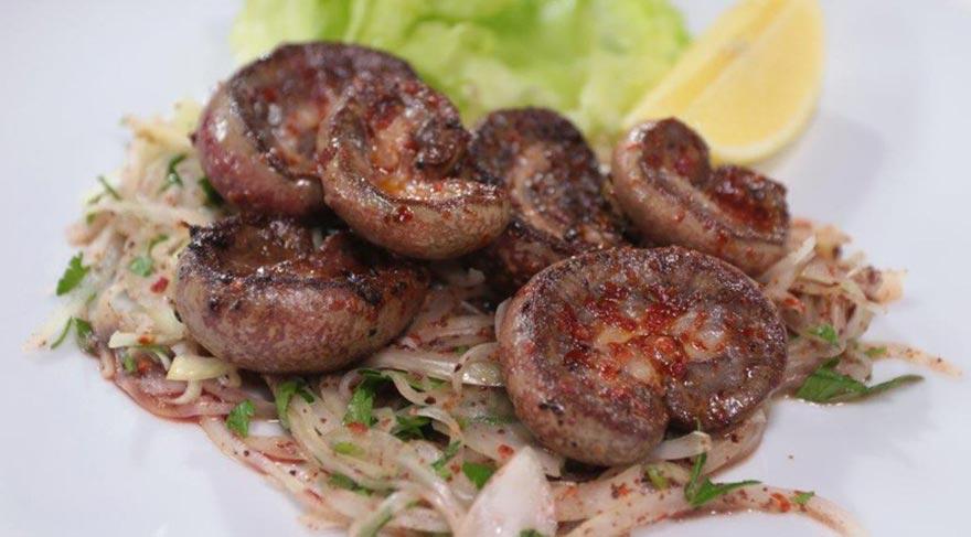 sogan-salatali-bobrek-kebabi