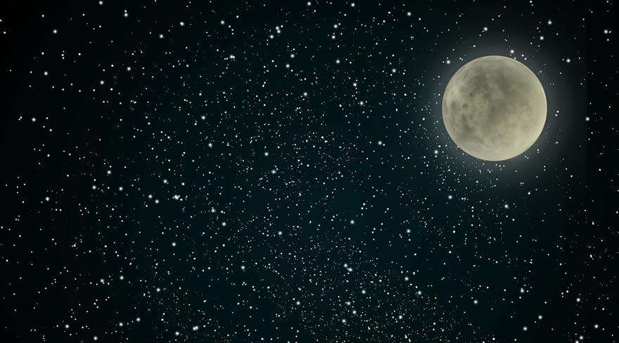 Dolunay Yay burcunun 29. derecesinde meydana gelecek. 29. dereceler anaretik derecelerdir. Yani zararlı… Fakat neden zararlı? Her burcun son 3 derecesini Mars ve Satürn gibi zararlı, kötücül gezegenler yönettiği için zararlı.