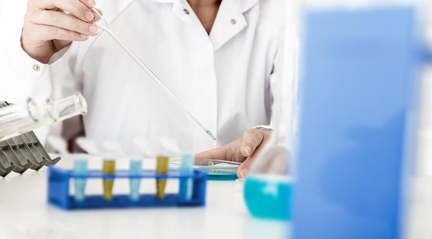Türk bilim insanından kanserle savaşan aşı