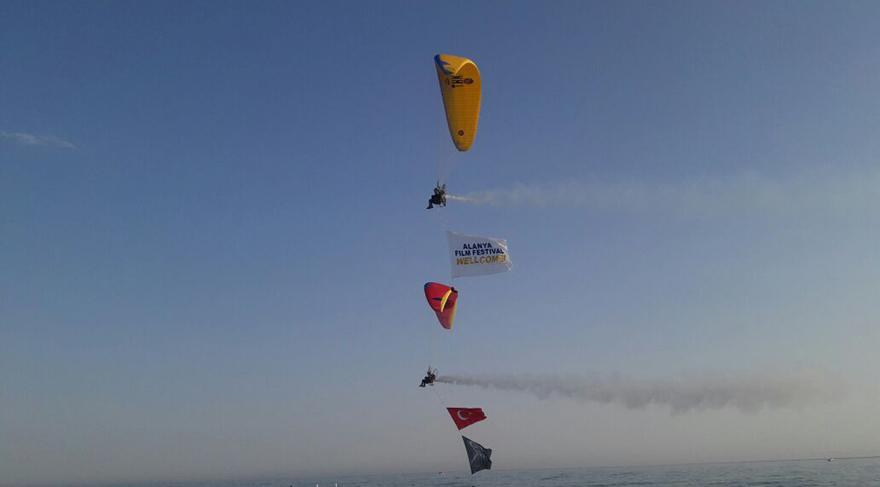 'Kristal Kale' film festivaline motorlu yamaç paraşütü damgası