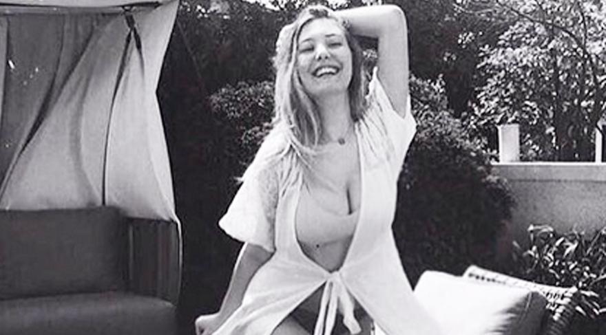 Yasmin Erbil hesabından bikinili fotoğraf paylaşınca...