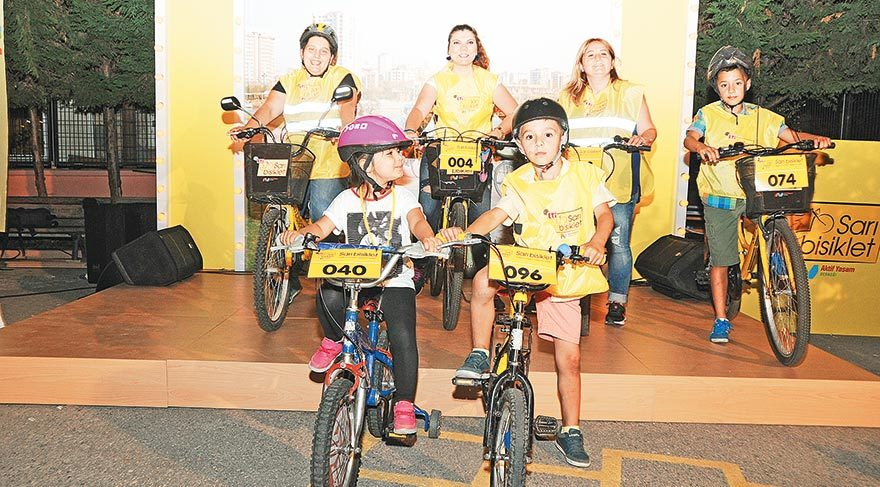 Gün geçtikçe etki alanı daha da genişleyen Sarı Bisiklet Sosyal Sorumluluk Projesi'ne dahil olan kadınlar ŞIK'a konuştu.