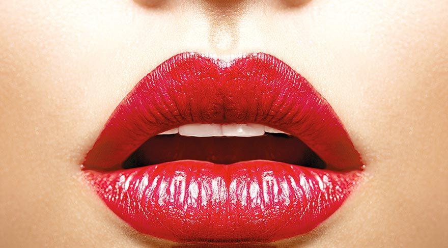 İdeal dudak yüze uygun olmalı