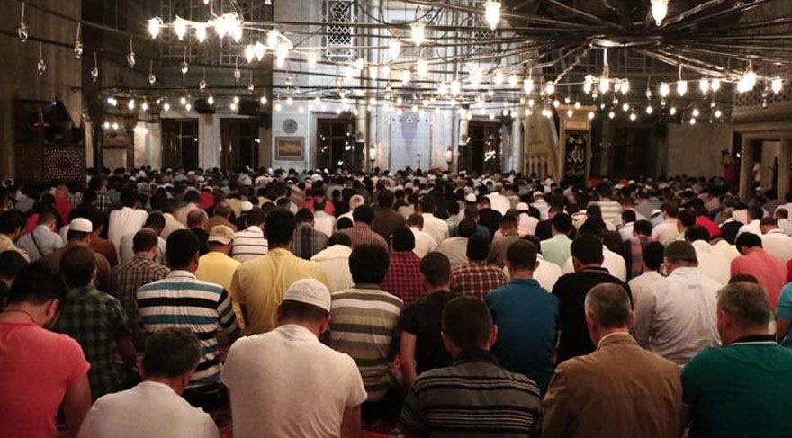 Mersin'de bayram namazı saat kaçta? İşte Mersin bayram namazı saati! (2016 Ramazan Bayramı)