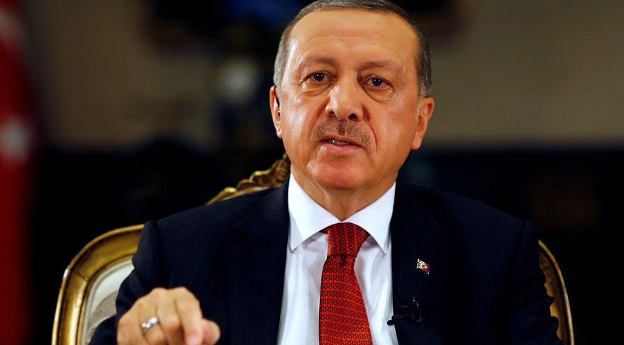 """FOTO:Reuters - Erdoğan """"Hulusi Akar'ı Gülen'le görüştürmeye çalışmışlar"""" demişti."""