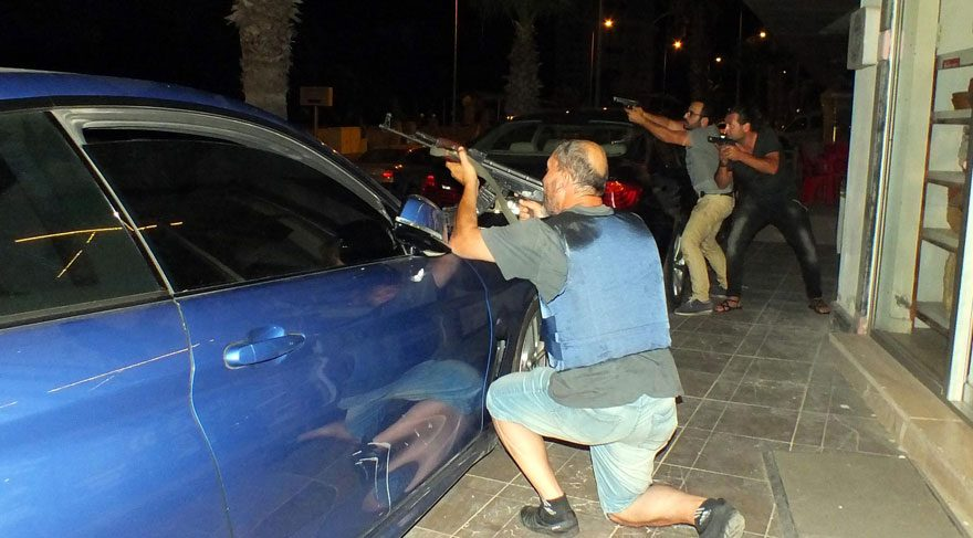 Erdoğan'ın kaldığı otel gece boyunca ateş altında kaldı