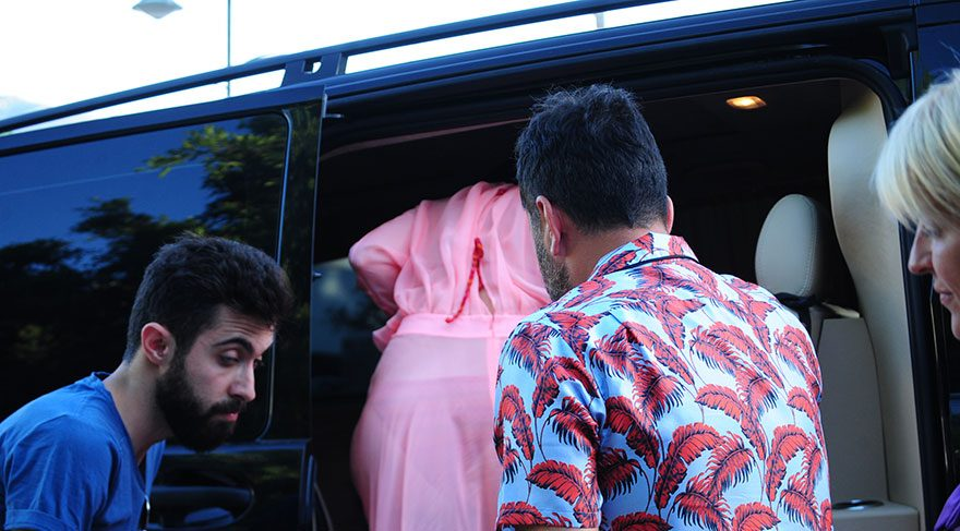 Hadise'nin mekanında olaylı parti Gülşen ve Ozan kavganın ortasında kaldı