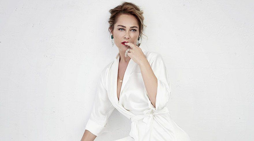 Hülya Avşar: Kadının yaşı sorulur!