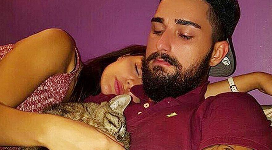 İdo Tatlıses ile Hilal Altınbilek'ten emojili ve kedili aşk pozu