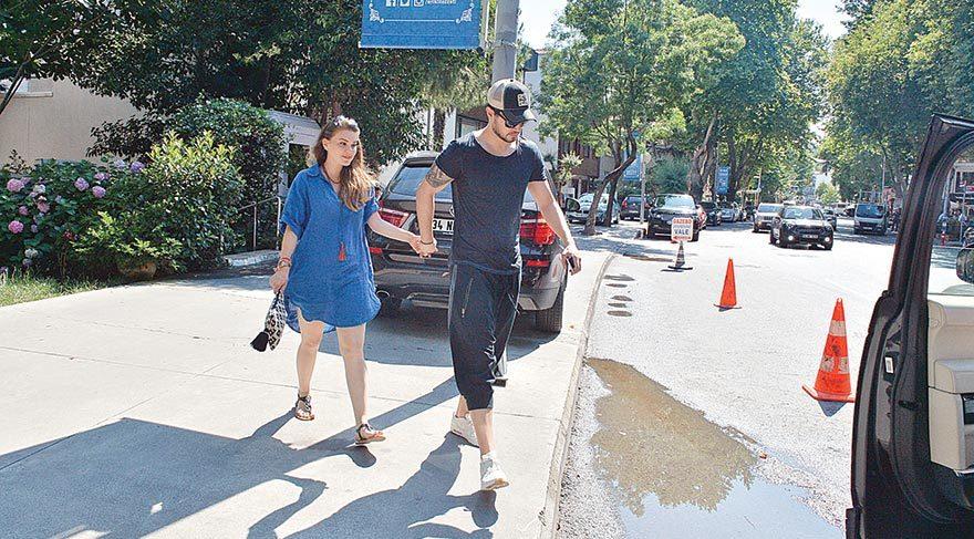 Tatil dönüşü Murat Boz'a koştu